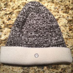 Lululemon knit hat